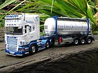 T. Boylan scania r with swoptank container